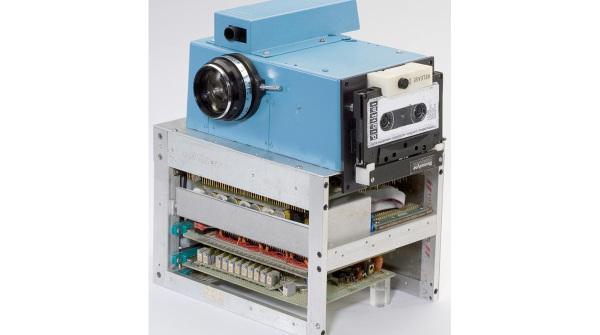 kodak-fotocamera-digitale-1973