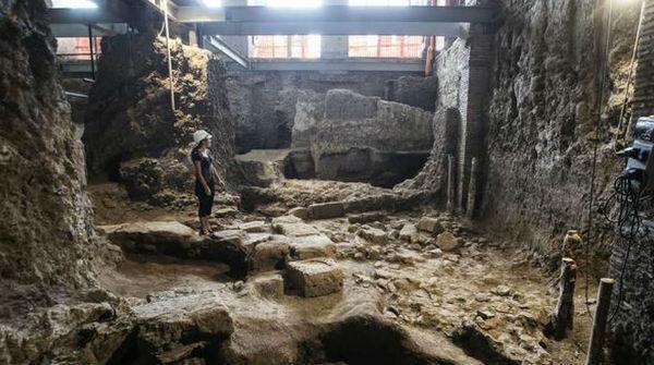 Roma una scoperta che riscrive la storia del centro antico